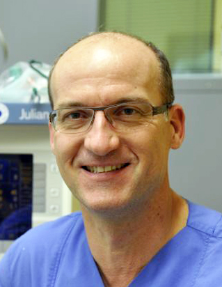Chefarzt Prof. Dr. med. Uwe Senftleben
